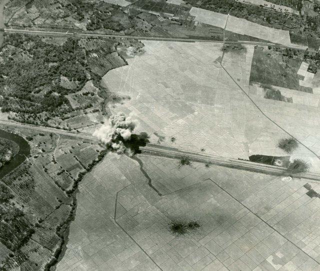 Het Luchtmacht Boek-1275