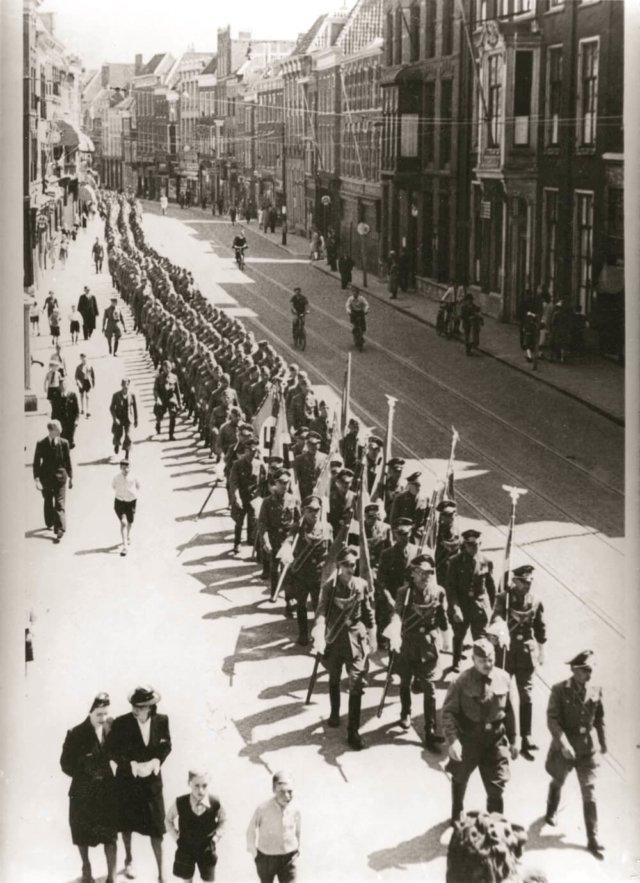 Leiden 40-45-2374