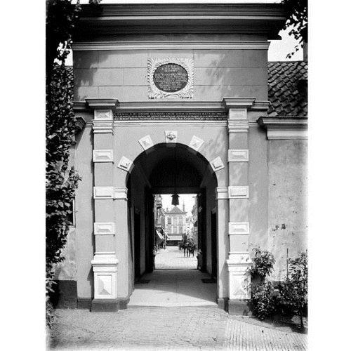 Tot hulp en troost | Het Heiligen Geest Gasthuis in Groningen